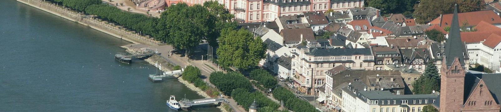 Kostenlose Gay-Kontakte in Wiesbaden - Schwuler Sex und